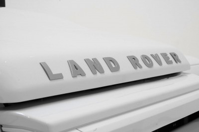 STARTECH Land Rover Defender 90 Yachting Edition 13
