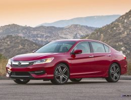 2016 Honda Accord SPORT in 120 New Pics + Animated CarPlay and Android Auto Demos