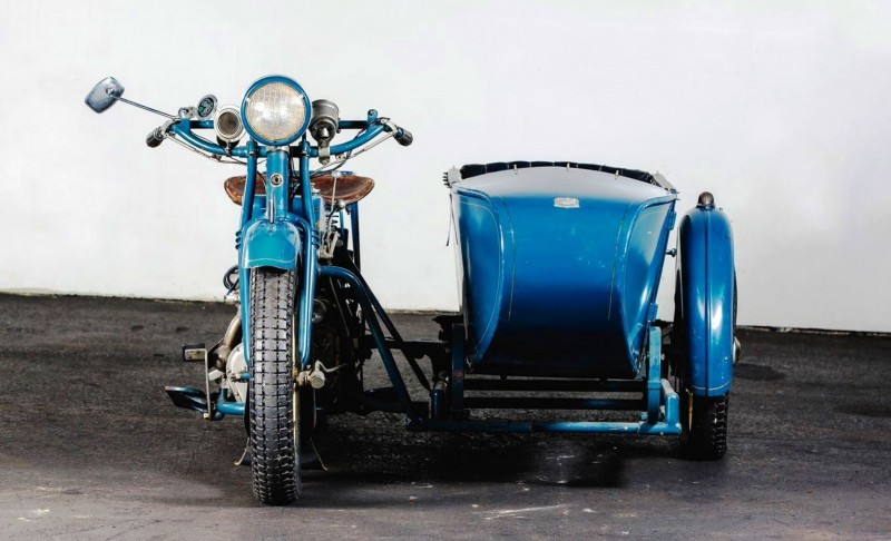 1925 Henderson De Luxe with Goulding Sidecar 17