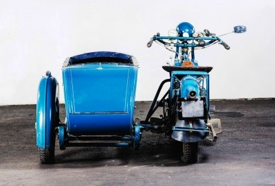 1925 Henderson De Luxe with Goulding Sidecar 18