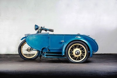 1925 Henderson De Luxe with Goulding Sidecar 21