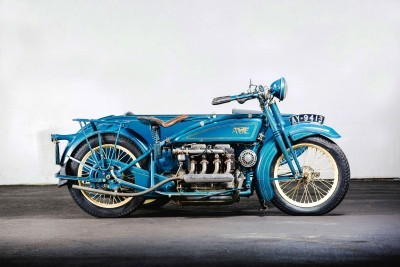 1925 Henderson De Luxe with Goulding Sidecar 5