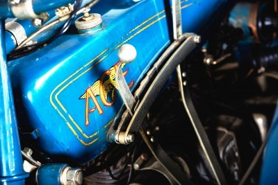 1925 Henderson De Luxe with Goulding Sidecar 7