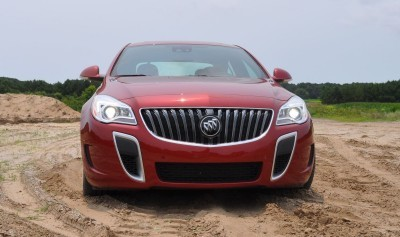 2015 Buick Regal GS AWD 37