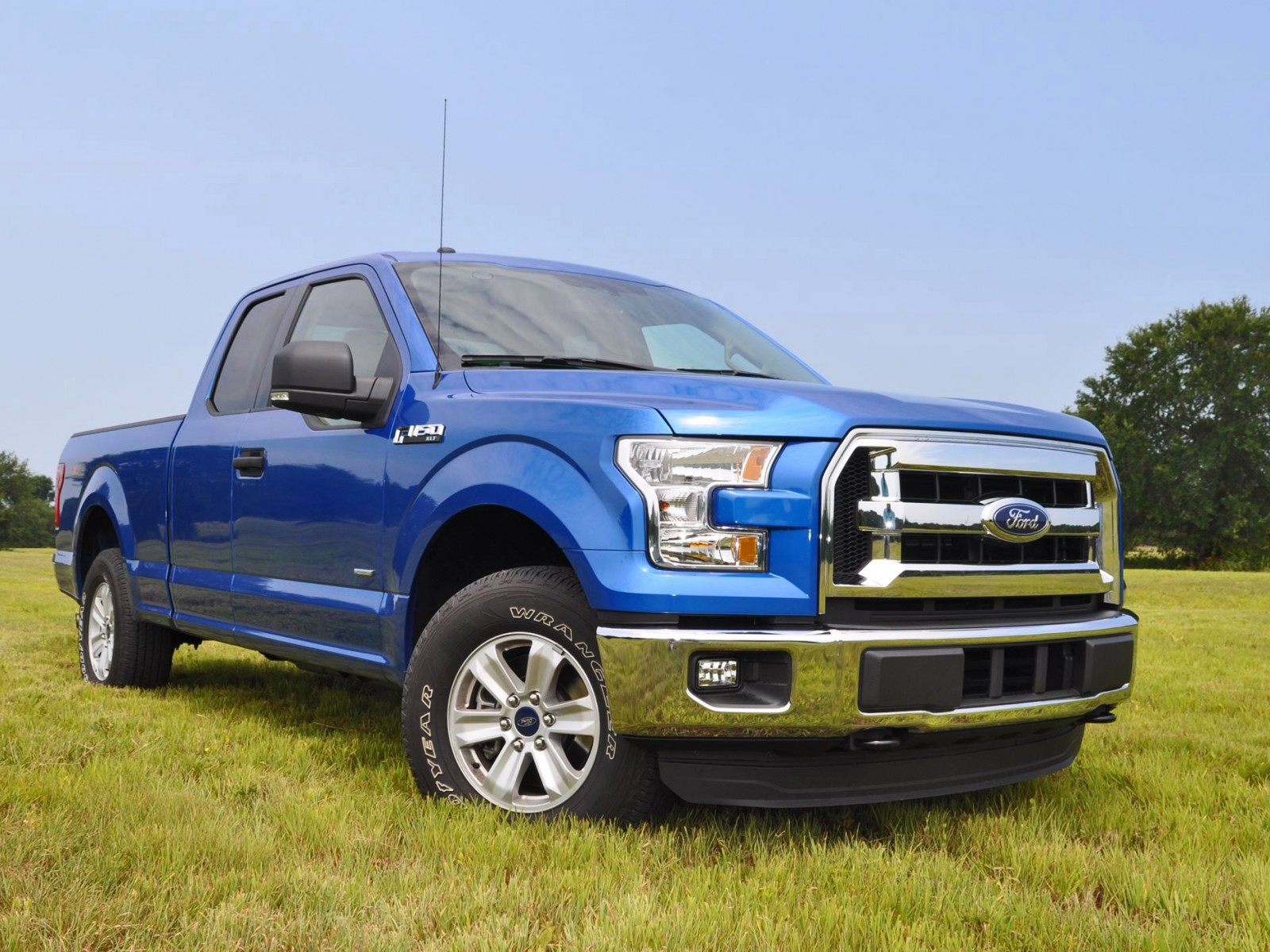 2015 ford f 150 xlt 4x4 supercab 2 7l ecoboost 5. Black Bedroom Furniture Sets. Home Design Ideas