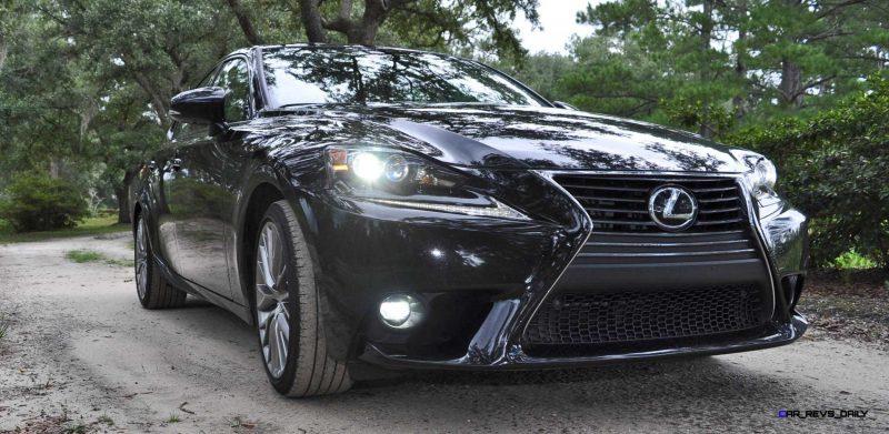 2015 Lexus IS250 84