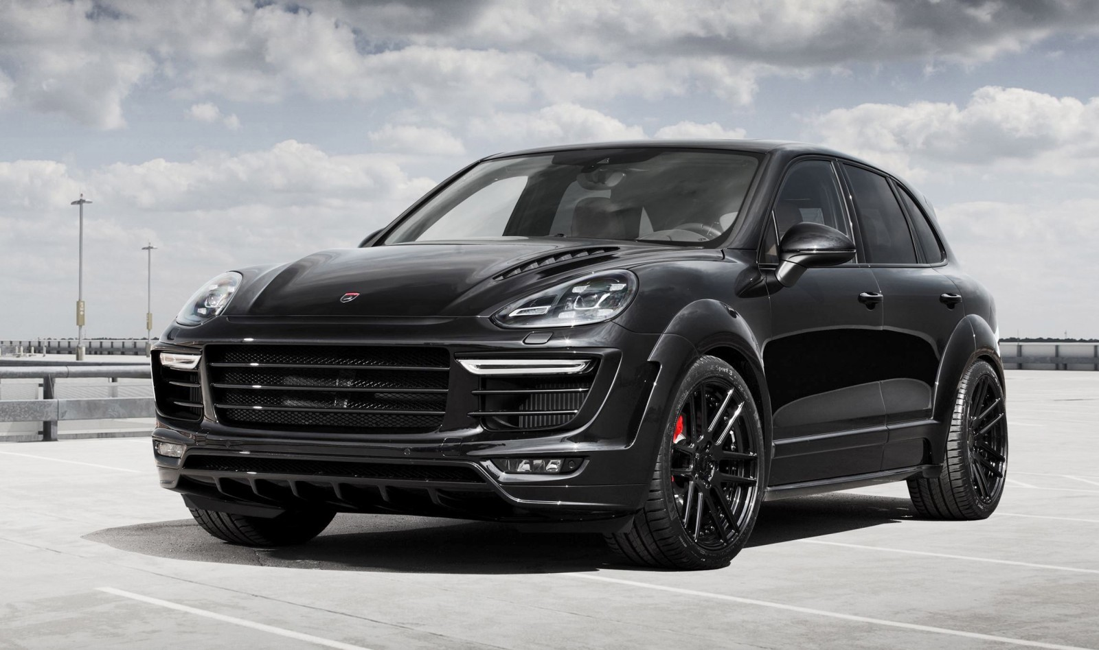 2015 porsche cayenne vantage gts by topcar. Black Bedroom Furniture Sets. Home Design Ideas
