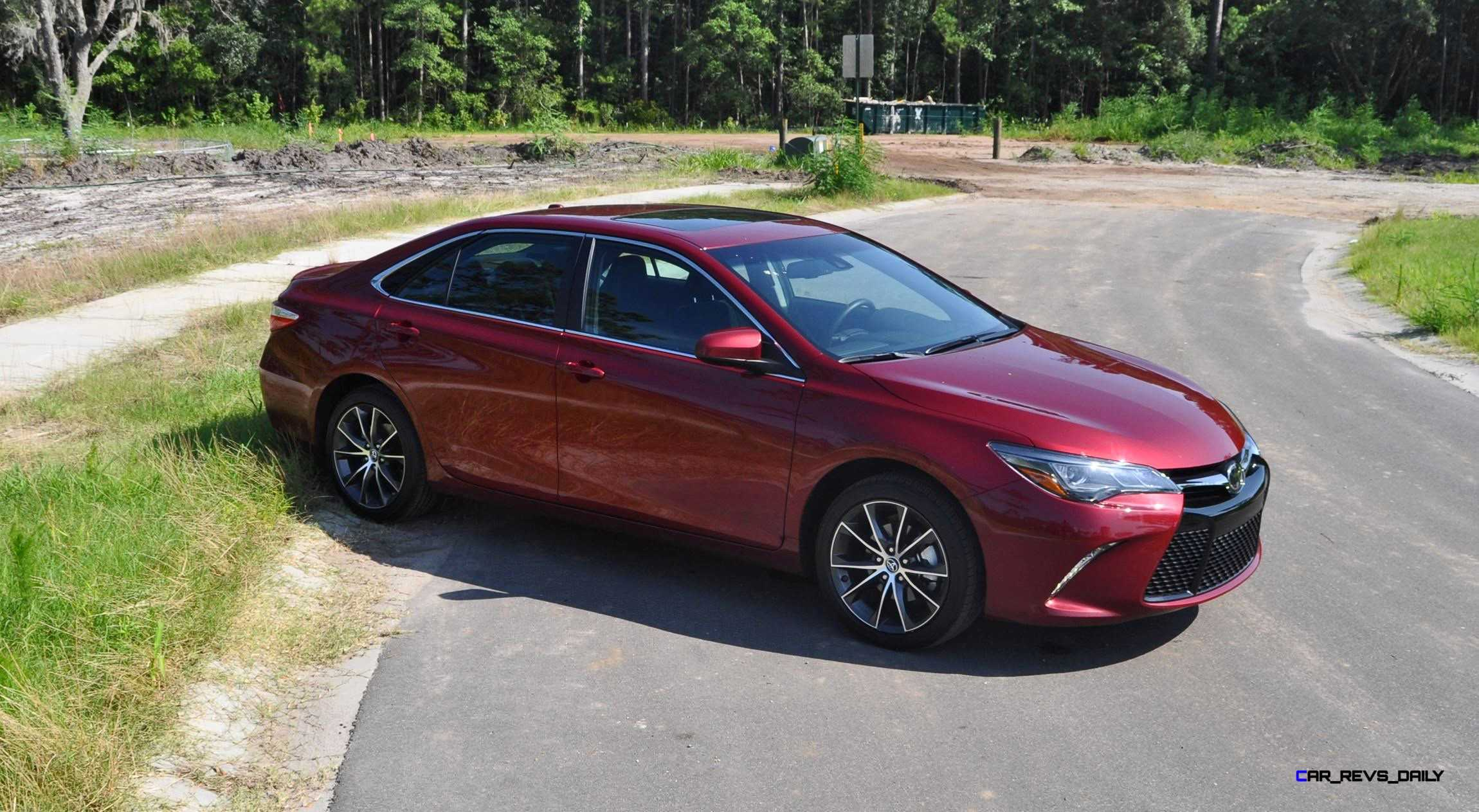 2015 toyota camry xse red 25 car revs. Black Bedroom Furniture Sets. Home Design Ideas