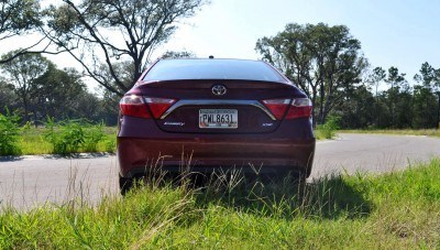 2015 Toyota Camry XSE Red 31