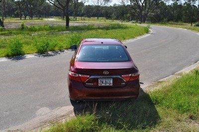 2015 Toyota Camry XSE Red 32