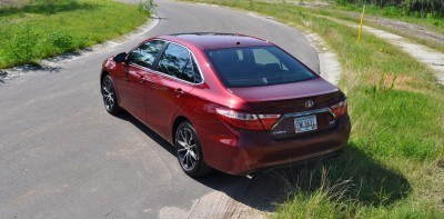 2015 Toyota Camry XSE Red 33
