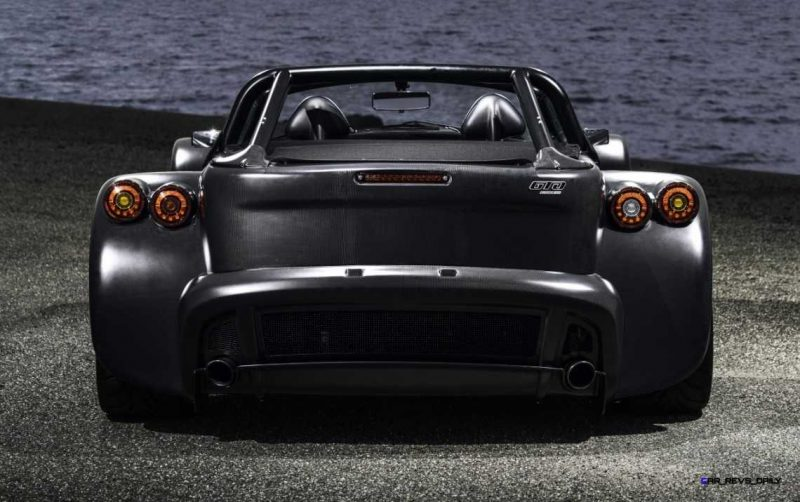2016 Donkervoort D8 GTO Bare Naked Carbon Edition 16