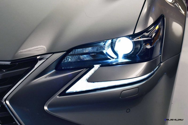 2016 Lexus GS200t 12