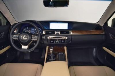 2016 Lexus GS200t 15