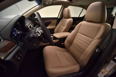 2016 Lexus GS200t 19