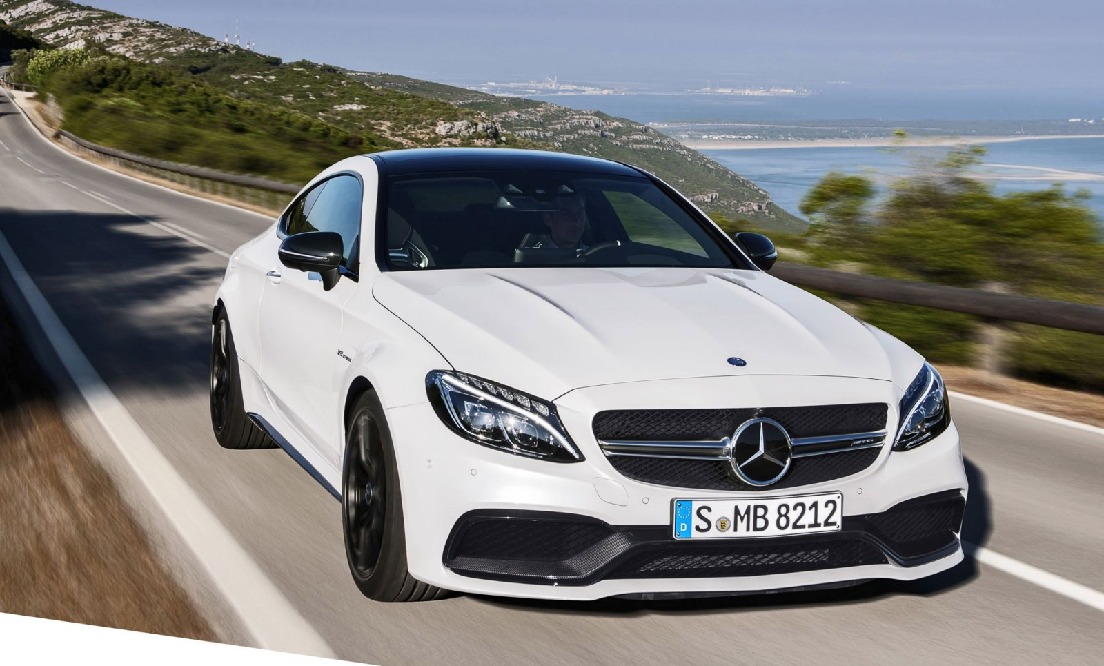 2016 mercedes amg c63 s coupe 26. Black Bedroom Furniture Sets. Home Design Ideas