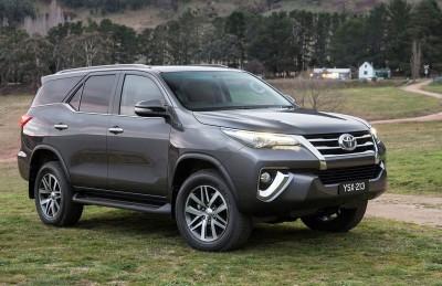 2016 Toyota Fortuner 10