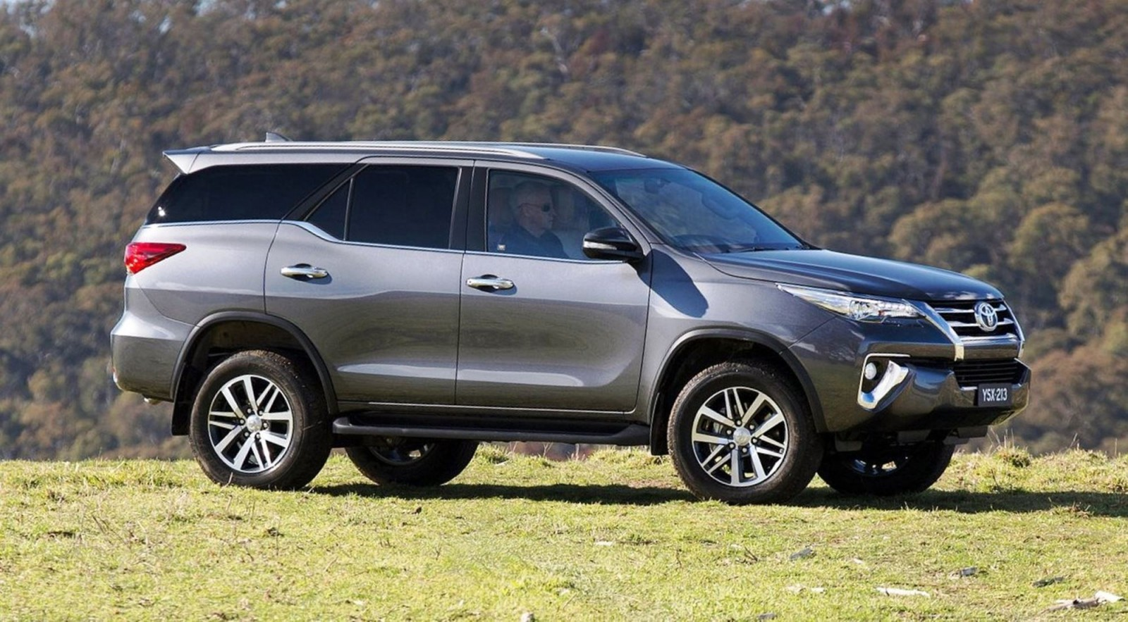 2016 Toyota Fortuner Global Suv Previews Us Market 2018