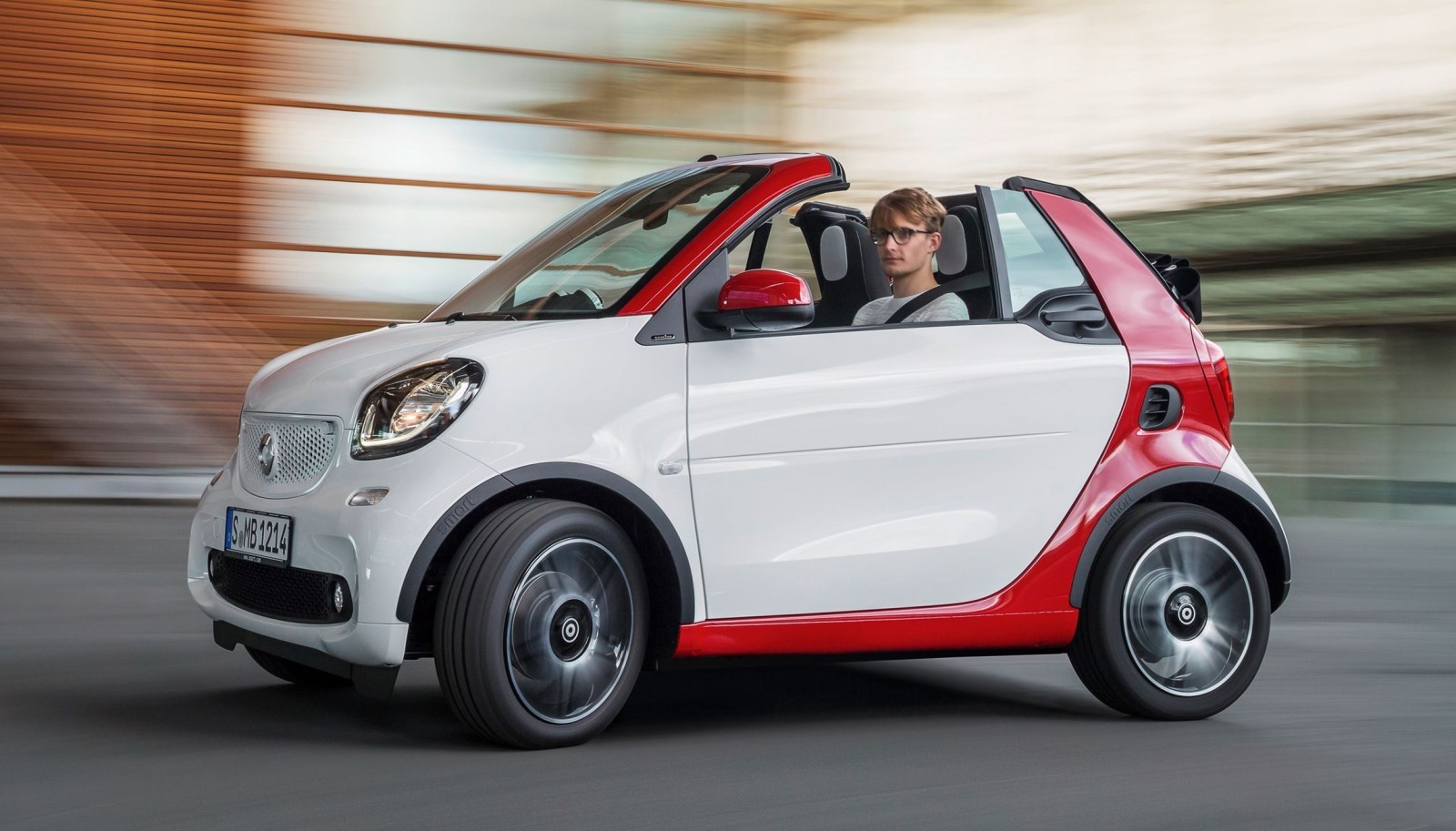 new and used smart fortwo prices photos reviews specs autos post. Black Bedroom Furniture Sets. Home Design Ideas