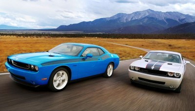 2009 Dodge Challenger R/T Classic in B5 Blue (left) with 2009 Dodge Challenger SE Rallye in Bright Silver Metallic (right)
