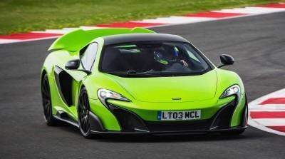 McLaren 675LT Mantis Green 12