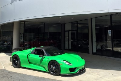Porsche 918 Spyder with HRE P104 in Gloss Black (2)_19963571801_o
