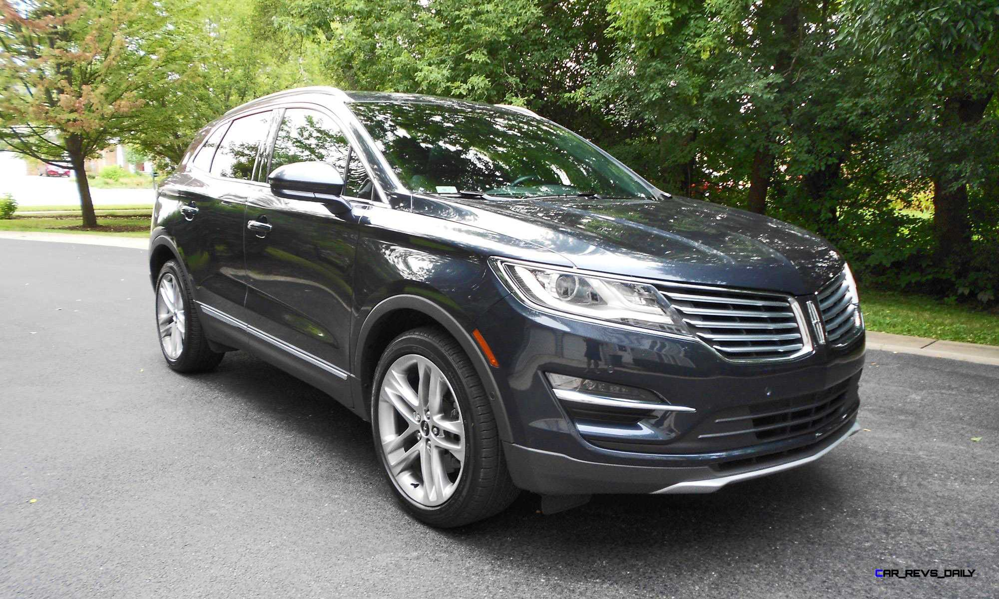 lincoln driver photos mkc and price car specs reviews