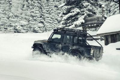 007 SPECTRE Bond Cars - Jaguar CX-75 Land Rover RRS SVR 4