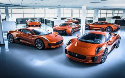007 SPECTRE Bond Cars - Jaguar CX-75 Land Rover RRS SVR 8