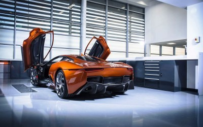 007 SPECTRE Bond Cars - Jaguar CX-75 Land Rover RRS SVR 9