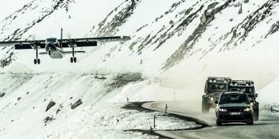 007 SPECTRE Bond Cars - Land Rover 10