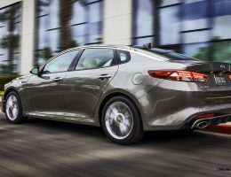 2016 Kia Optima Is Wider With New Tech, Fresh Style and Mid-Spec Turbo DCT