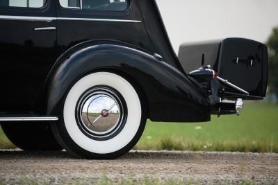1937 Cadillac V16 Fleetwood Limousine 21