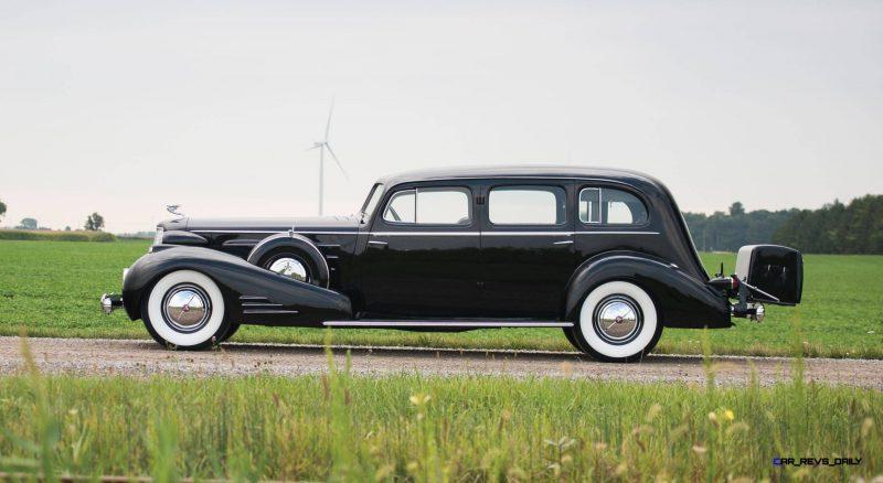 1937 Cadillac V16 Fleetwood Limousine 5