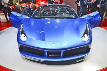 2.9s,-203MPH-2016-Ferrari-488-Spider---Frankfurt-Gallery-+-Engine-Audio-MP3s-2