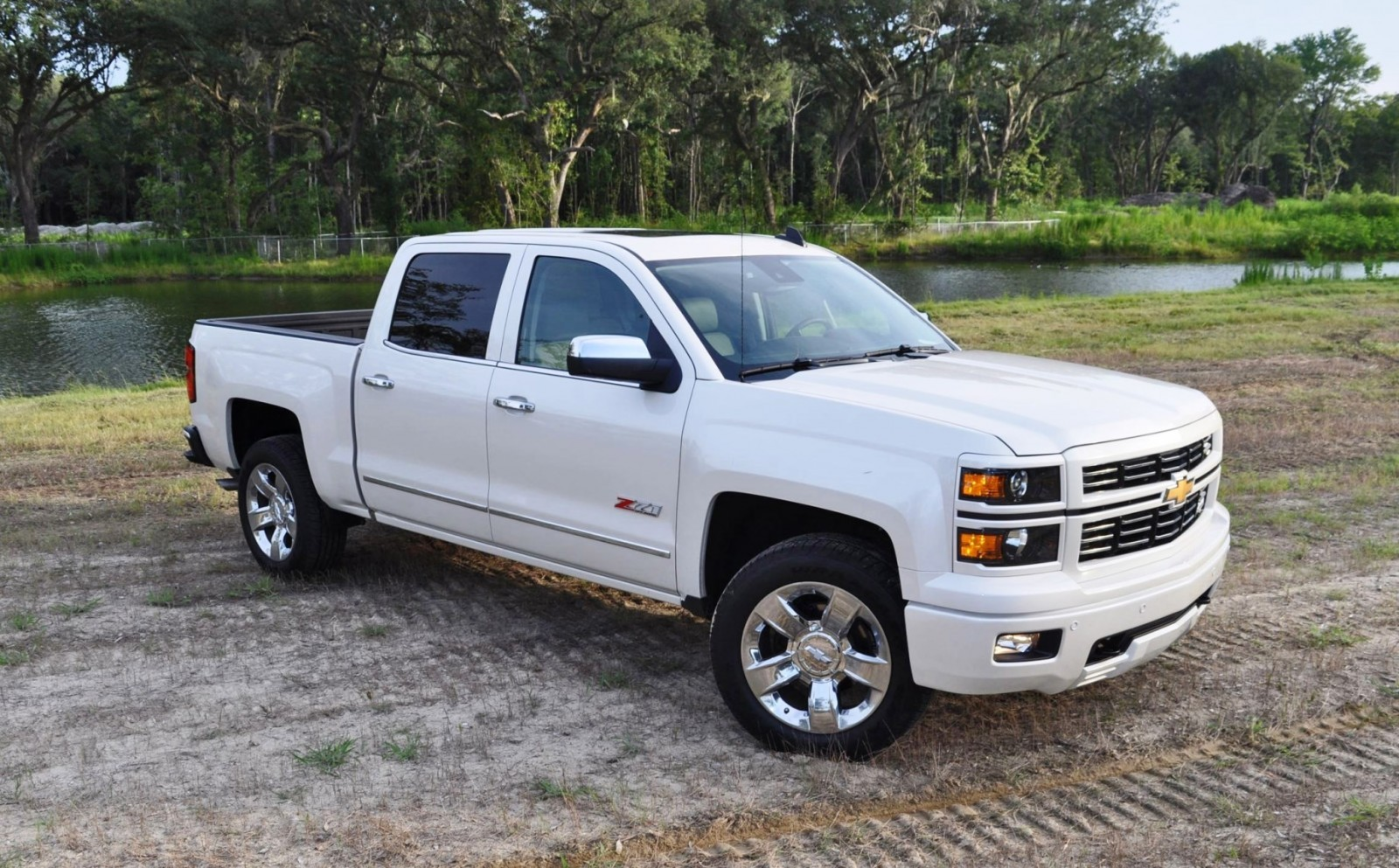 2015 chevrolet silverado ltz z71 4wd custom sport edition 29. Black Bedroom Furniture Sets. Home Design Ideas