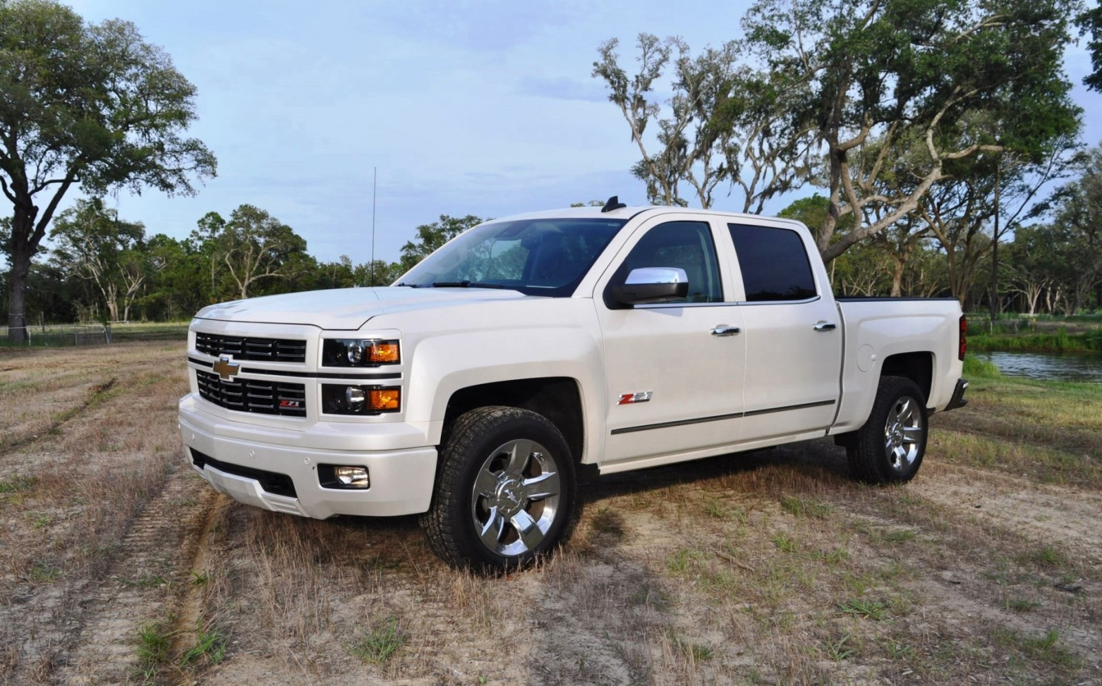 2015 chevrolet silverado ltz z71 4wd custom sport edition 35. Black Bedroom Furniture Sets. Home Design Ideas