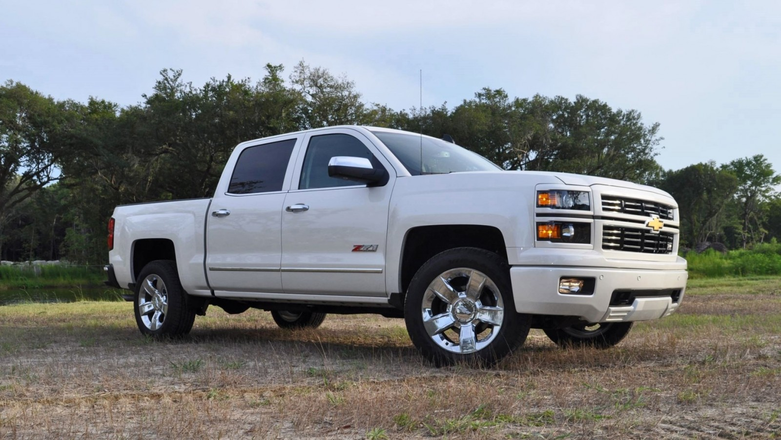 2015 chevrolet silverado ltz z71 4wd custom sport edition 3. Black Bedroom Furniture Sets. Home Design Ideas
