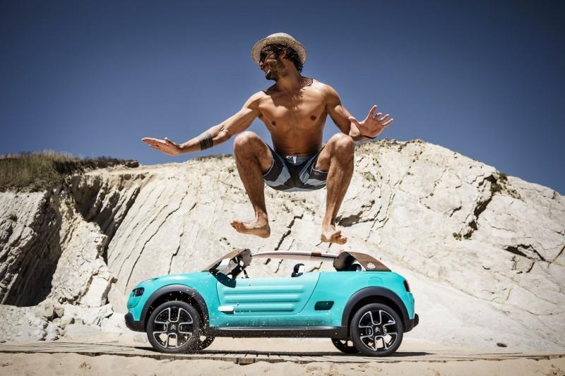 2015 Citroen Cactus M Concept 17