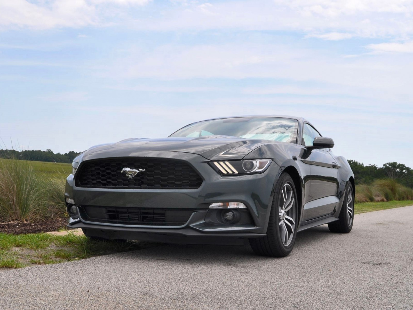 2015 ford mustang ecoboost automatic review 66. Black Bedroom Furniture Sets. Home Design Ideas