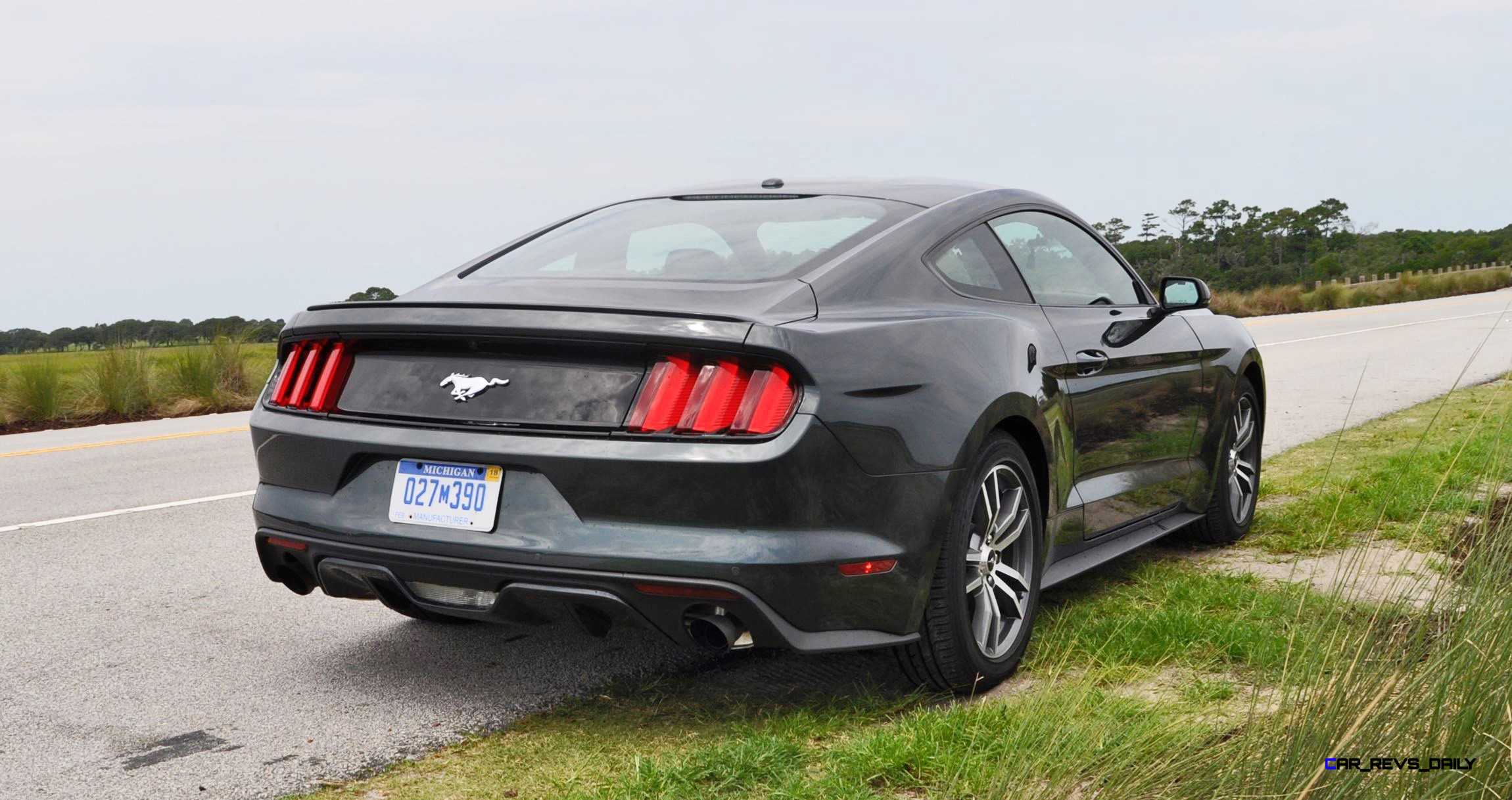 2015 ford mustang ecoboost automatic review 71. Black Bedroom Furniture Sets. Home Design Ideas
