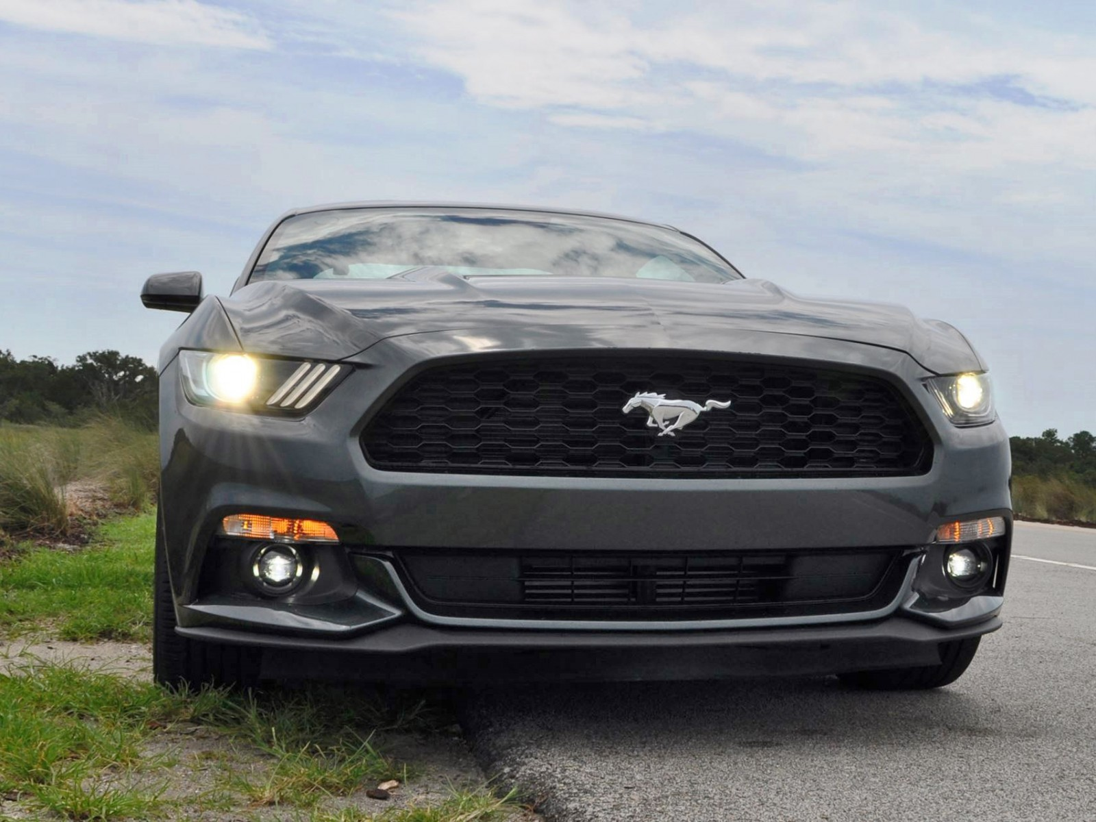 2015 ford mustang ecoboost automatic review 79. Black Bedroom Furniture Sets. Home Design Ideas