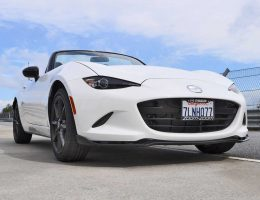 HD Track Drive Review – 2016 Mazda MX-5 Is INCREDIBLE!