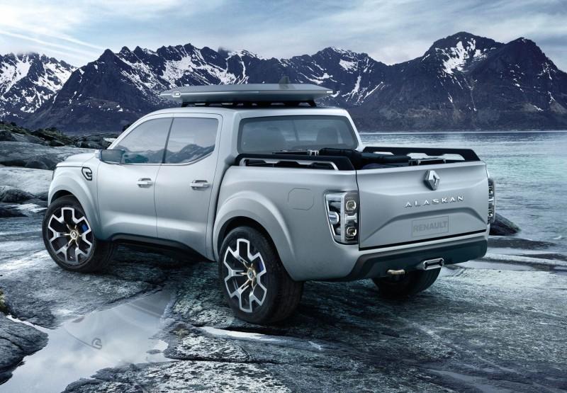 2015 Renault ALASKAN 16