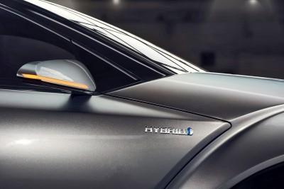 2015 Toyota C-HR Concept 4-Door 16