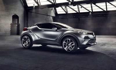 2015 Toyota C-HR Concept 4-Door 3