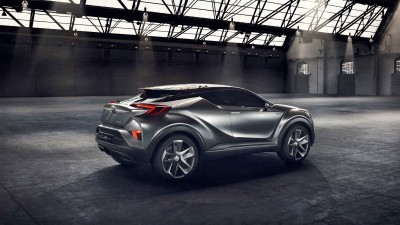 2015 Toyota C-HR Concept 4-Door 7
