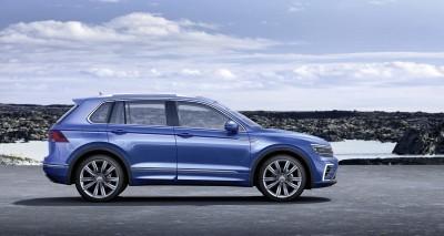 2015 Volkswagen TIGUAN GTE Concept 13