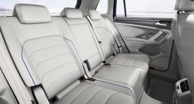 2015 Volkswagen TIGUAN GTE Concept 26