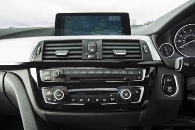 2016 BMW 3 Series 40